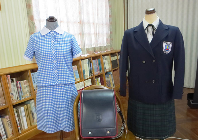 長崎精道小学校・中学校の制服