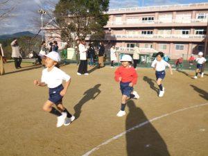 20161207-1小学校マラソンなわとび記録会