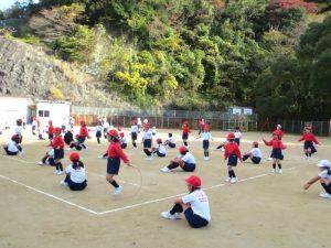 20161207-4小学校マラソンなわとび記録会