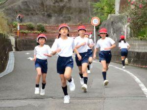 長崎精道小学校 マラソン縄跳び大会