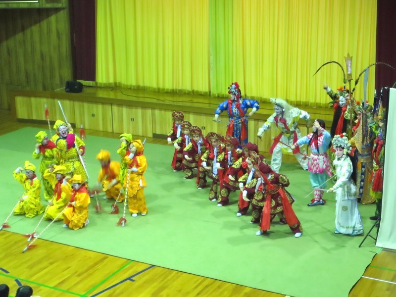 京劇公演「孫悟空 天界で大暴れ」 ~今夜、4社のテレビニュースにも