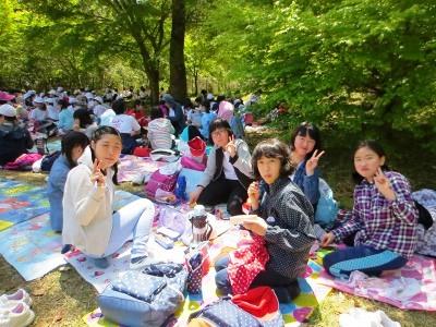 小学校「春の歓迎遠足」2018