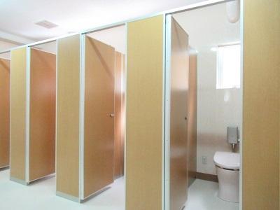 中学校トイレが美しく素敵にリニューアル!